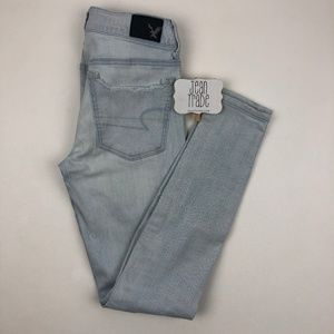 AEO American Eagle Super Low Jegging Jeans